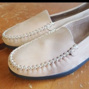 Eram loafers. Beige. Like new size 38